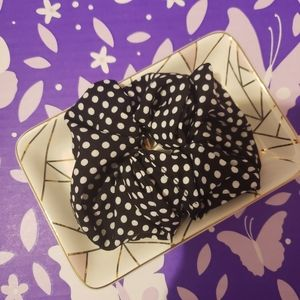 Accessories - 3 for $25 Scrunchie
